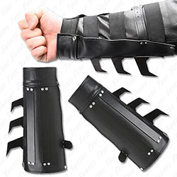 Tactical Strike Bracer - Aggressive Battle Vambrace
